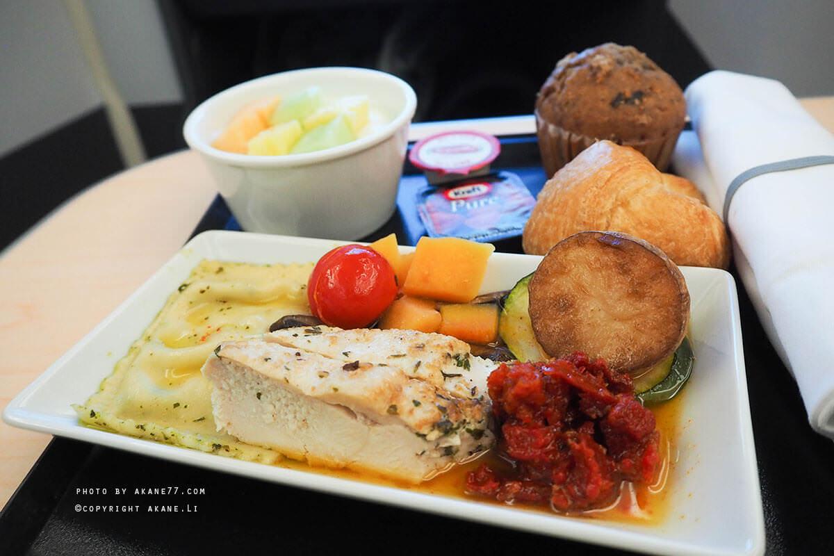 心得分享⎮ANA 全日空航空:加拿大溫哥華(YVR) – 東京羽田(HND)-商務艙飛機餐