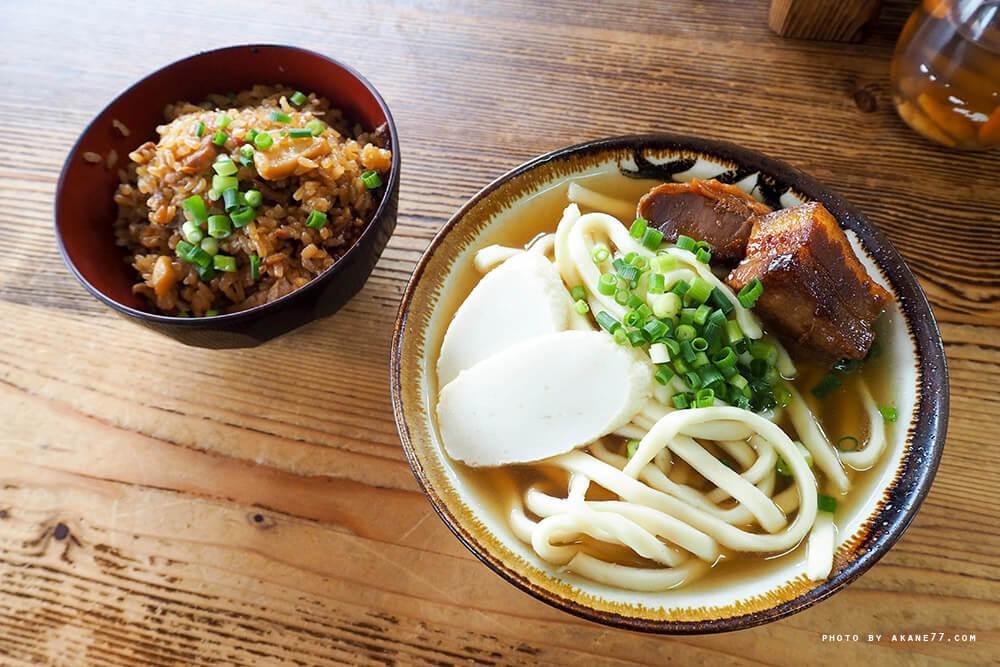 沖繩美食⎮岸本食堂 沖繩麵與會懷念的沖繩炊飯