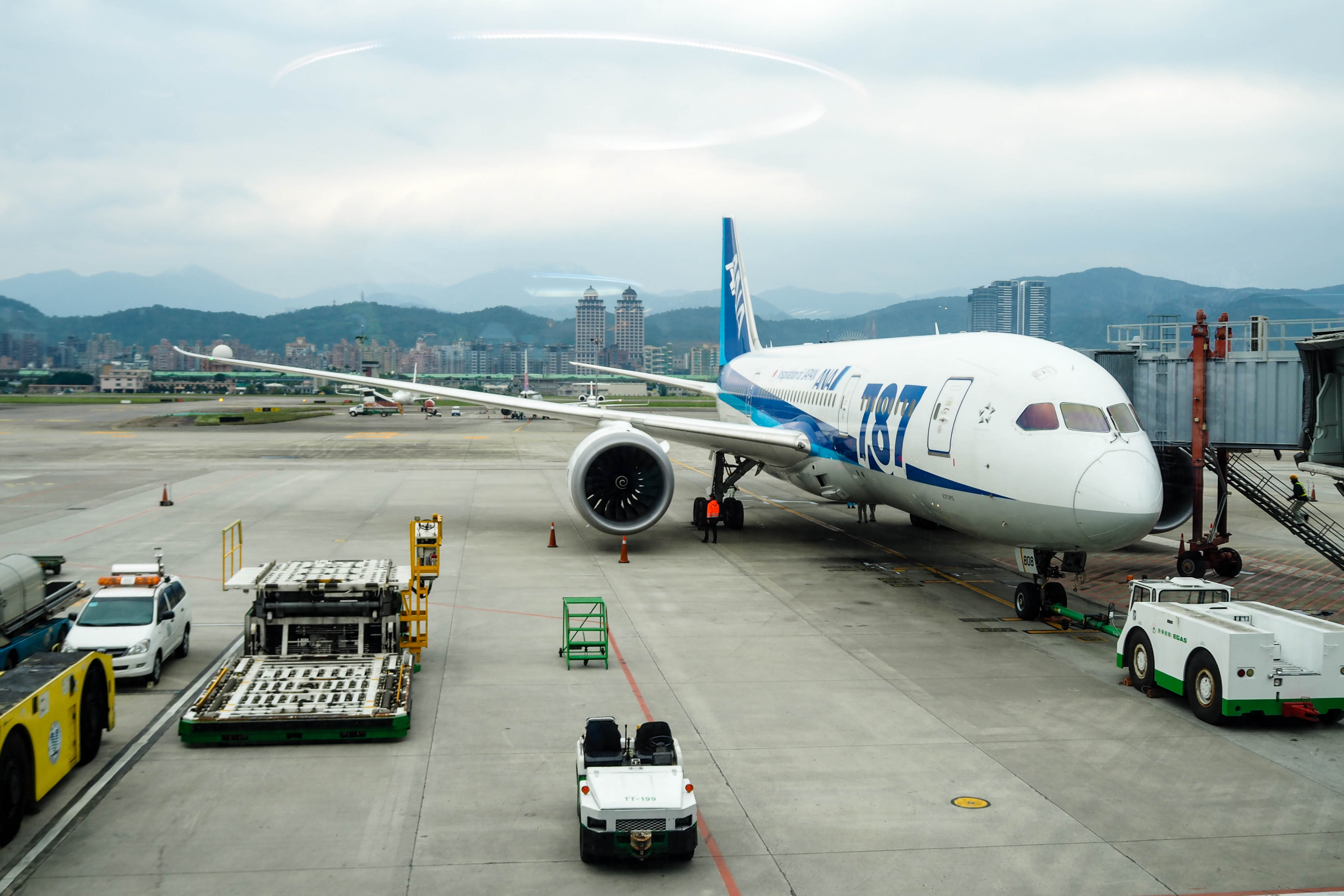 ANA夢幻客機787 商務艙松山