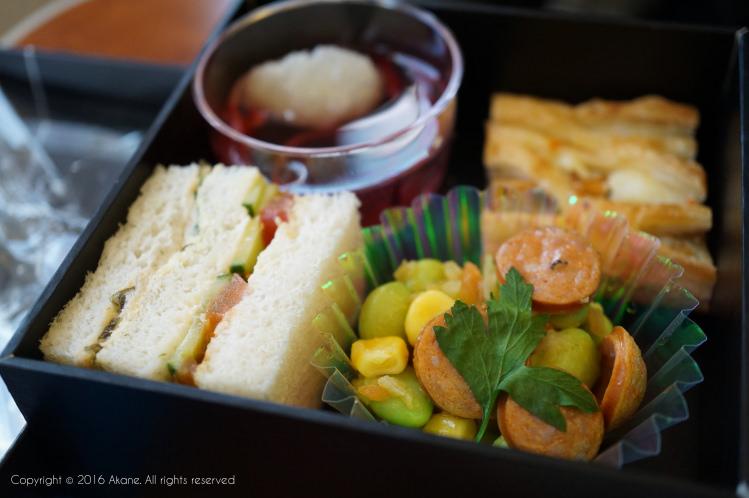 【心得分享】ANA 全日空航空:東京羽田(HND) – 北海道稚內(WKJ) premium class 國內航線