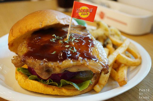 【台南】DACOZ!大口吃 美式廚房 價格親民的好吃漢堡